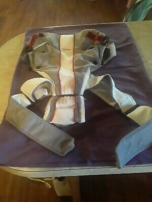 Baby Bjorn Baby Carrier Mesh One Air White Gray Red BabyBjorn 0+ 8-25lbs