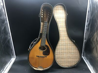 Martin & Co. Vintage Mandolin A frame 1947 Serial #18296 With Case