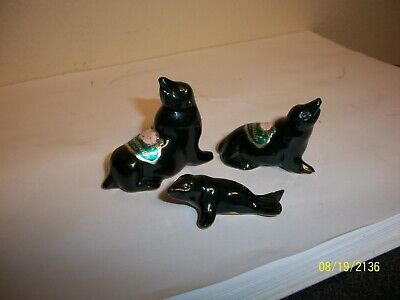 Rosemeade Family Of 3 Mini Black Seal Figurines