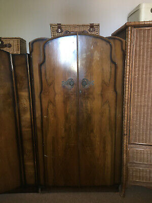 Raven Furniture K&T Antique Gentleman's Wardrobe Art-Decor Walnut Chest Ar-Moire