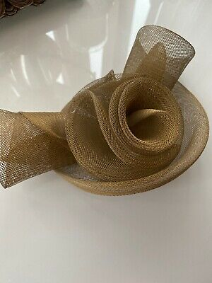 Beautiful Bronze Fascinator Clip Wedding Races Ascot Ladies Day Special Occasion