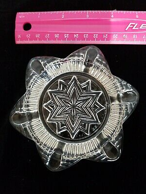 """Vintage Ashtray Pressed Glass Floral Flower Daisy star Mid Century 4.75"""" Small"""