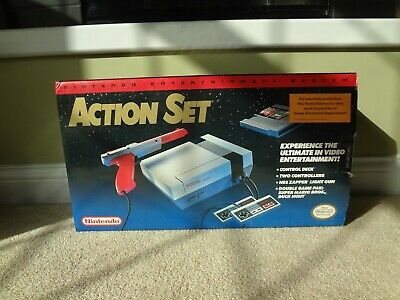 1990 NINTENDO NES ACTION SET w/ BOX / SUPER CLEAN / CIB - GRAY CONSOLE / TESTED