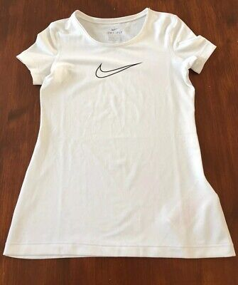 Girls Nike Dri Fit Gym T-Shirt, Age 9-10 Years Size Small, Very Good Condition