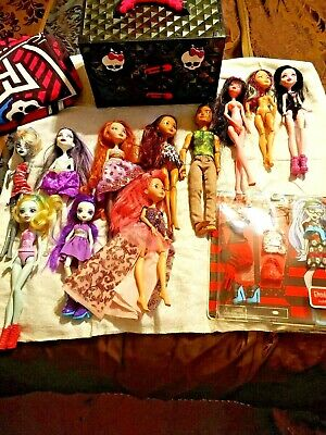 Monster High Doll and other dolls Lot of 19 items