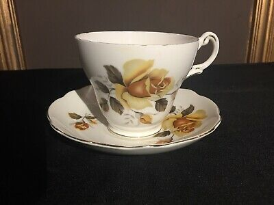 Vintage Regency Yellow Autumn Roses English Bone China Large Tea Cup And Saucer