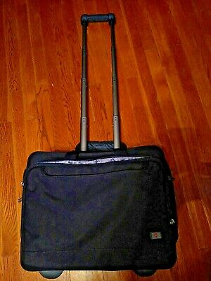 Victorinox Swiss Army Rolling Business Expandable Carry On Travel Luggage