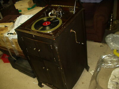 Vintage 1920 VICTOR VICTROLA Talking Machine Model VV-X1-267760G with 75 Records