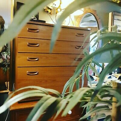 Vintage Retro Mid Century Teak Chest Of Drawers 4 Drawers