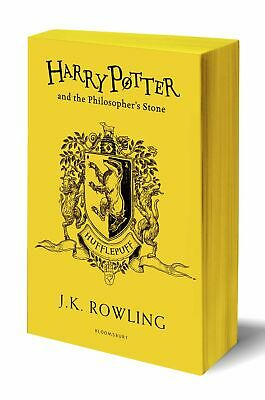 Harry Potter and the Philosopher's Stone - Hu by J.K. Rowling New Paperback Book