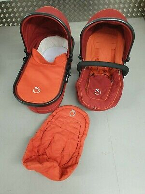 iCandy Peach Seat Unit, Carrycot, Apron & 2 x Hoods in Tomato