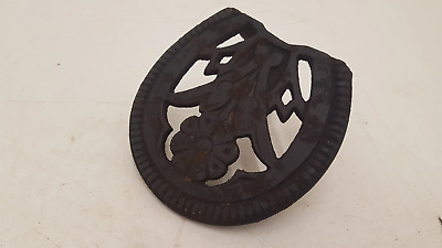 Antique Cast Iron Trivet Kettle Pot Stand 24837