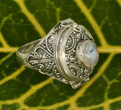 Handmade Solid Sterling Silver .925 Bali Med Oval Style Poison Ring w Gemstone.