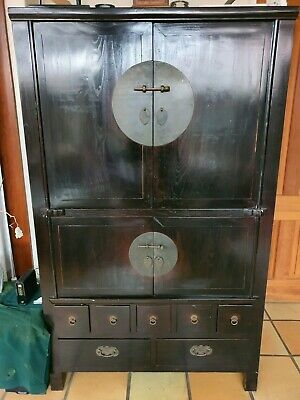 Chinese wedding cabinet for TV in excellent condition