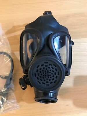 Israeli M15 Gas Mask 40mm NATO filter thread with drinking tube good condition
