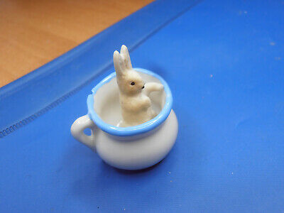 Antique Dolls Germany bisque hase in night pot 1910-