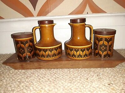 Hornsea Heirloom Brown Salt Pepper Oil Vinegar Cruet Set on Wooden Stand