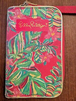 Lilly Pulitzer Small Pink Floral Wristlet/Wallet/Phone Case