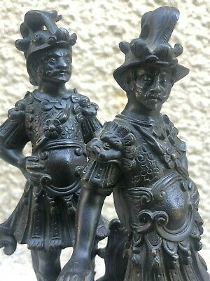 Pair of Bronze XIX ° Th in the Style of the Renaissance Mens Armours Statuettes