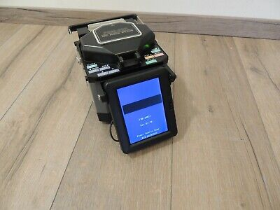 Fujikura FSM-30R12 SM MM Single & Ribbon Fiber Fusion Splicer Arc Count 5711