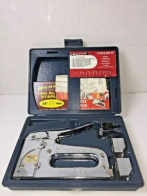 Vintage Arrow T-50 T-50MP Staple Gun-Tacker Kit with Case and Accessories Used