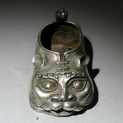 China Collectable Old Miao Silver Handwork Carve Cartoon Tiger Auspicious Statue