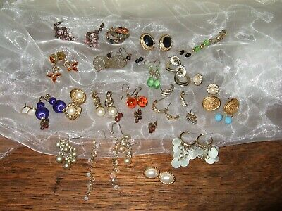 A Selection Of 30 Pairs Of Costume Earrings For Pierced Ears