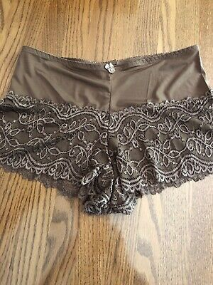 Vintage Womans LBW Sexy Chocolate Brown Lace Trimmed Tap Panties size 8 New