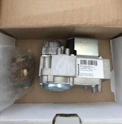 Baxi / Potterton  / Main Gas Valve Kit 242473 Rrp £172 With Fittings