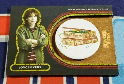 Topps Stranger Things Welcome to the Upside Down #CJ Joyce Byers Button 53/99