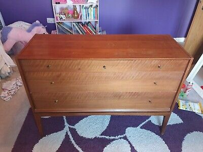 A Younger Ltd Retro vintage antique Walnut Chest of Drawers