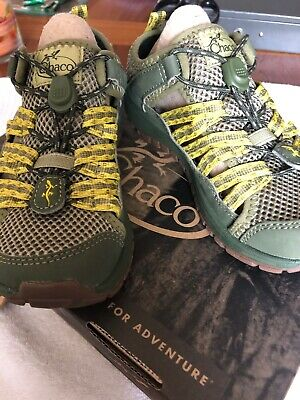 CHACOS Shoes For Kids SZ 4 Water-Hiking-Play-Sand NEW In Box Green Boys/Girls