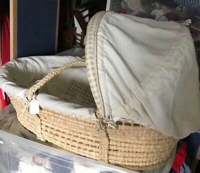 bedside baby Wicker crib With Handles,crib bumper,Hoody,Stand,Blanket,mattress