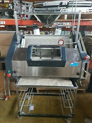 2nd Hand Versatile Bread Moulder with 4 Piecer