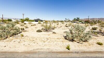 Lot with water in 29 Palms, great area, just outside Joshua Tree National Park