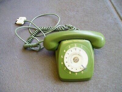 USED 1970,s GREEN ROTARY PMG DIAL PHONE