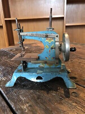 Antique Metal Sewing Machine