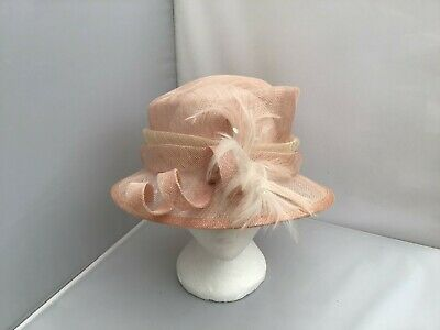 Ladies Peach Hat Weddings/Races/Occasions Good Condition Needing Tlc !By Bhs