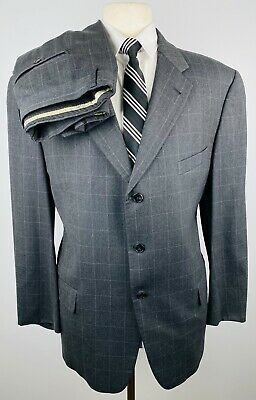 Joseph Abboud Von Maur Men's 44S Gray Check Wool 2 Piece Suit With Pants 36Wx28L