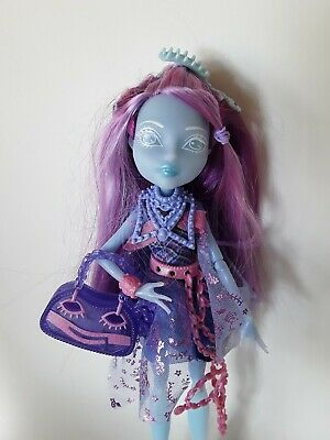 KIYOMI HAUNTERLY Haunted Monster High Dolls Excellent used condition