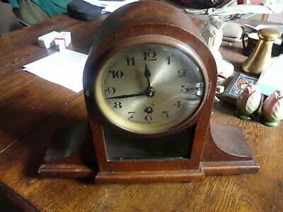 Antique / vintage oak mantle clock none striking small size