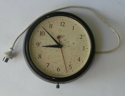 "Vintage Large Brown Bakelite Clock ~ ""Smiths Sectric"" ~ 240V Electric ~ Working"