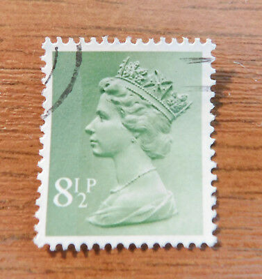 SG X881 MACHIN VERY FINE USED 8.1/2p YELLOWISH GREEN 2 BANDS