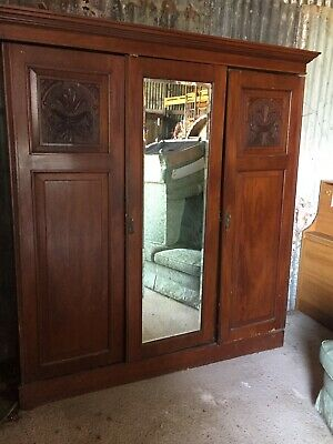 Huge Antique Mahogany Double Wardrobe Armoire Built In Drawers Carvings23/3/H/LB