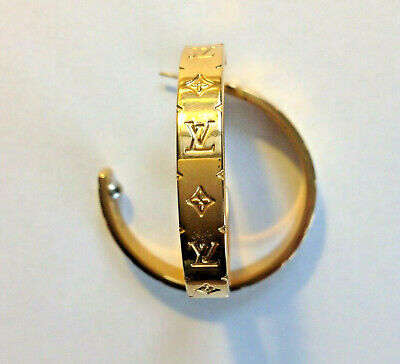 AUTH. Louis Vuitton Monogram Pattern Vintage Hoop Earrings