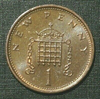 1976 UNITED KINGDOM Queen Elizabeth II - 1 New Penny    (15K)