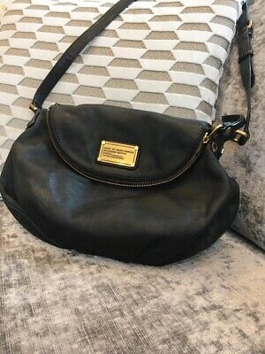 marc by marc jacobs crossbody Pocket Book Purse, Black Leather
