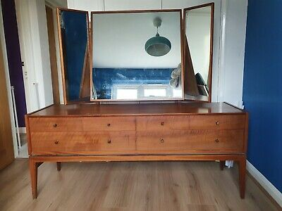 A Younger Ltd Retro vintage antique Walnut Dressing table dresser with drawers