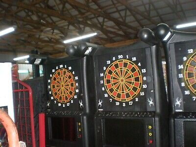 1 Arachnid Dart Game With Large Monitor And Bill Acceptor