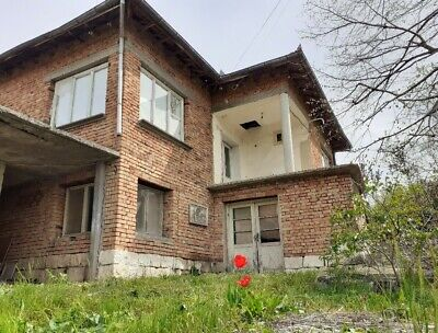 Huge Two Storey property in Bulgaria with outbuildings Bulgaria -  Pay Monthly